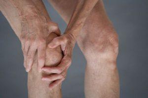 Cách chữa bệnh đau khớp gối trái và phải