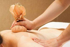 Cách điều trị đau lưng sau sinh tại nhà