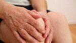 Xoa bóp để phục hồi chức năng khớp gối