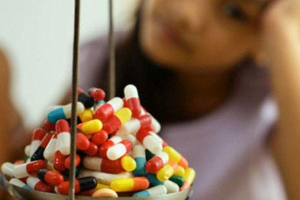 Đau thần kinh tọa nên uống thuốc gì? 1